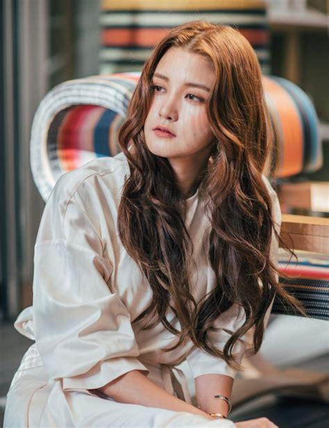 korean hair trends  hairstyles  colours