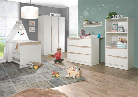 chambre complete de bébé chambre volutive pour bb chambre bb avec lit volutif