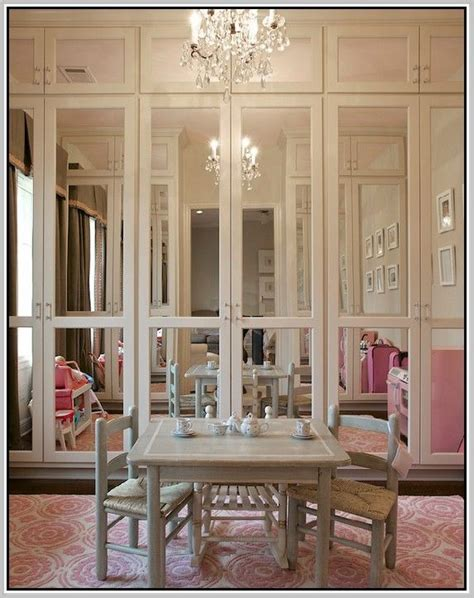 Ideas For Mirrored Closet Doors by 25 Best Ideas About Mirrored Bifold Closet Doors On