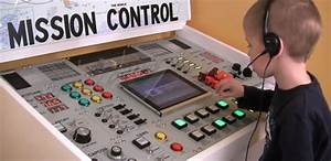 Ridiculously Accurate Mission Control Panel | Hackaday