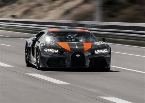 Michelin played an integral role in the chiron's top speed run. Watch Bugatti Chiron Hit 304.77 mph To Become The Fastest ...