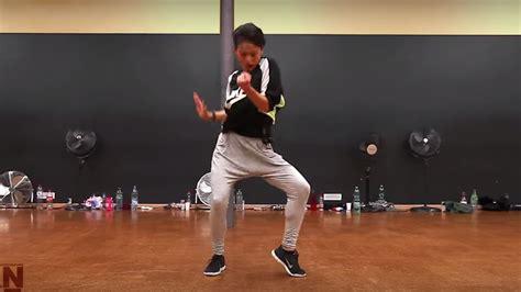 schüssler salze 4 9 10 海外の反応 表現力がスゴすぎる 日本のダンサー菅原小春のダンスを見た外国人の反応 海外の反応 カイノー