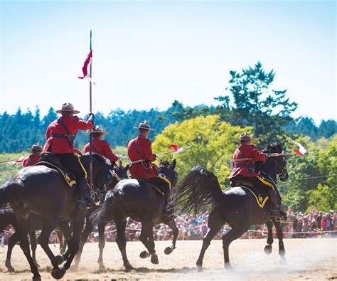 21 photos and videos from the RCMP Musical Ride in ...