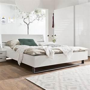 Bett Hochglanz Weiß 180x200 : bett attimi schlafzimmerbett wei hochglanz lackiert metallkufen 180x200 cm ebay ~ Bigdaddyawards.com Haus und Dekorationen