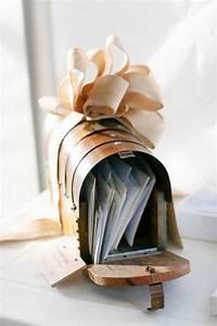 Boite Aux Lettres Vintage : 10 urnes de mariage coup de coeur ~ Teatrodelosmanantiales.com Idées de Décoration