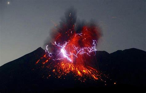 Volcano Images Spectacular Thunderstorm Surrounds Erupting Japanese