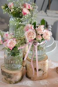 Tischdeko Runder Tisch Hochzeit : runder tisch diy awesome tischdeko holzscheiben of admirable mit rosa dekoration grun f ~ Orissabook.com Haus und Dekorationen
