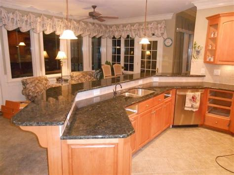verde butterfly granite traditional kitchen