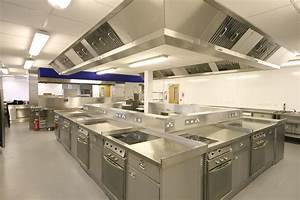 Professional kitchen design kitchen decor design ideas for Professional kitchen