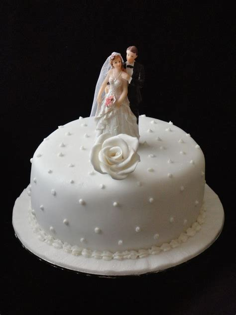 anniversary cake images simple anniversary cake