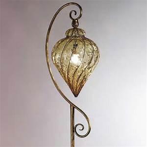 Stehlampe Mit Glasschirm : italineische stehleuchte in blattgold antik mit murano glas ~ Markanthonyermac.com Haus und Dekorationen