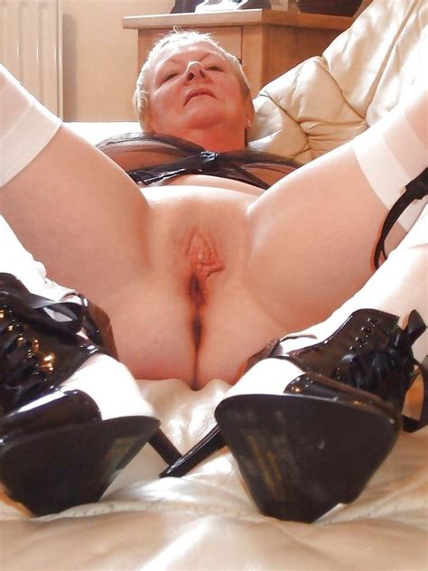 Horny Granniesthis Site Dedicated To Older And Mature