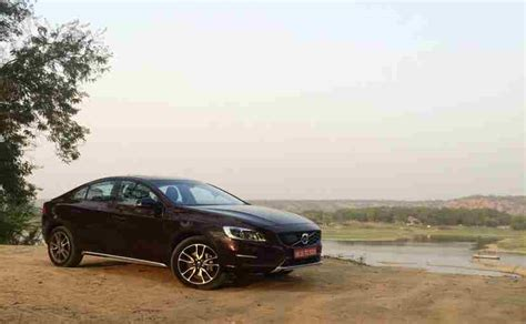 Volvo V70 Cross Contry by Exclusive Volvo S60 Cross Country Review Ndtv Carandbike