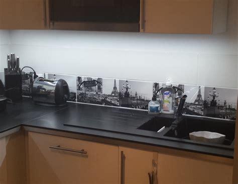 cuisine bois noir eclairage led plan de travail led 39 s go