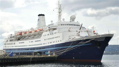 Woman Tries To Swim To Cruise Ship
