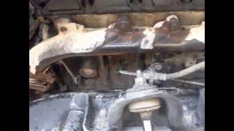 replacing exhaust manifold gasket  dodge dakota youtube