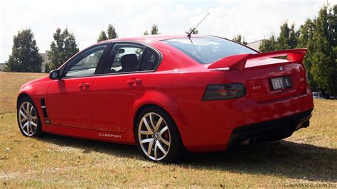 hsv clubsport  review road test  caradvice