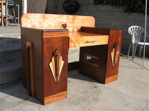 art deco desk l art deco desk by decophoto32 on deviantart