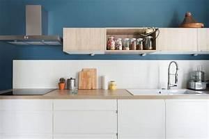 cuisine blanche mur bleu canard chaioscom With cuisine blanche et bleu