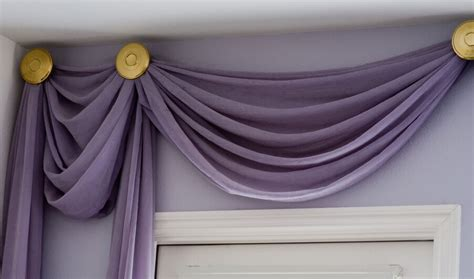 How To Hang A Valance
