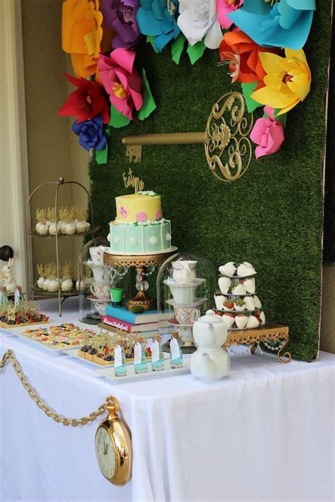 alice and wonderland table decorations kara 39 s party ideas alice in wonderland dessert table