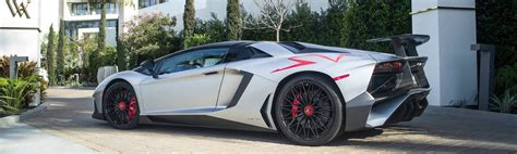 lamborghini aventador sv roadster majorette everything to know about the lamborghini aventador sv roadster falcon car rental