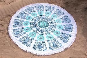 Serviette Ronde Eponge : serviette de plage ronde azur tendances du monde ~ Teatrodelosmanantiales.com Idées de Décoration