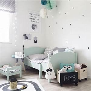 la couleur mint dans la chambre bebe et accessoires deco mint With tapis chambre enfant avec canapé lit scandinave