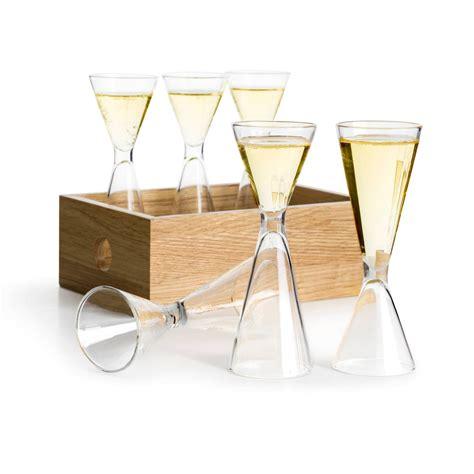 bicchieri sia bicchieri colorati o trasparenti per tutti i tipi di