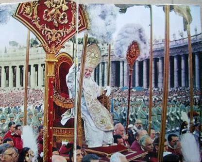 Sedia Papale Eventi Roma Aggressione Al Santo Padre Nella Basilica
