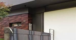Hausgiebel Mit Blech Verkleiden : cortenstahl patinax wandverkleidung treppe und garten fr bel metallbau ~ Eleganceandgraceweddings.com Haus und Dekorationen