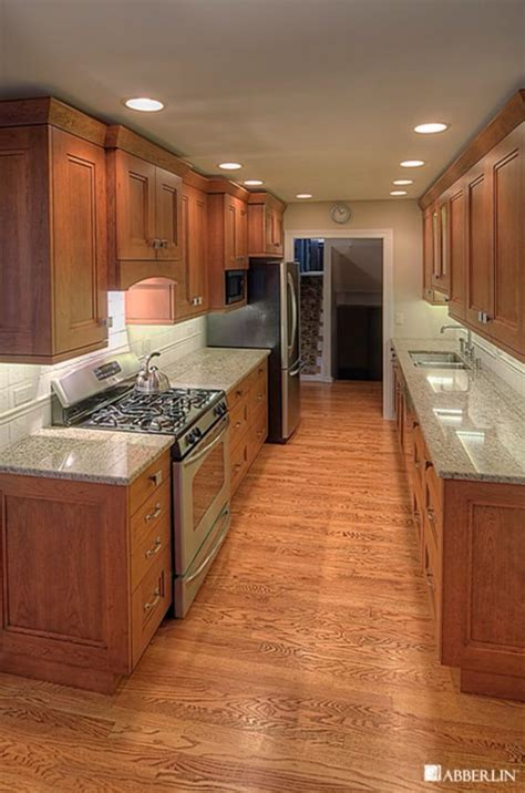 Narrow Galley Kitchen Floor Plans by 1000 Images About Galley Kitchen On Cabinets