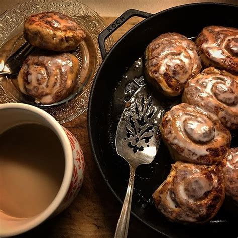 cinnamon rolls iron cast basi sweet