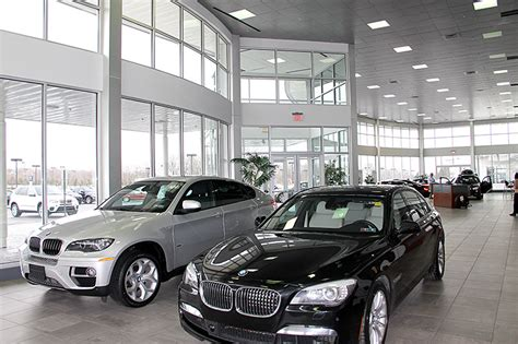 bmw dealership cars bmw asks does it take a genius to sell a car
