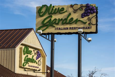 olive garden sparks olive garden pasta passes sell out spark outrage