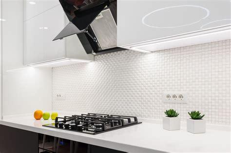 ventilation cuisine gaz 5 conseils pour bien choisir la ventilation pour sa