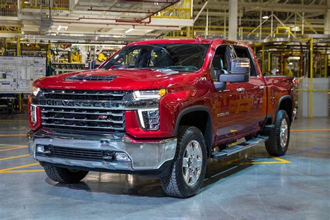 Chevrolet New Trucks 2020 by Look 2020 Chevrolet Silverado Hd Thedetroitbureau