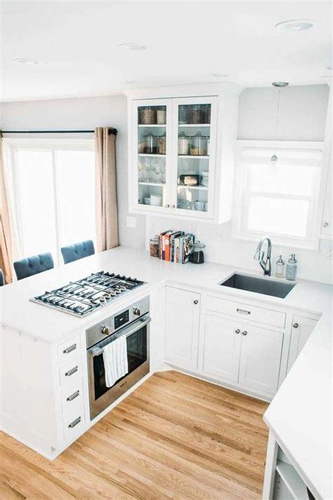 Einrichtung Kleiner Kuechesmall Kitchen Design Kitchen Small Kitchen by Winkelk 252 Che Eine Platzsparende Und Funktionale
