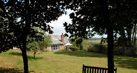 Secret Garden Cottage, A Family Cottage For Five Or Six In