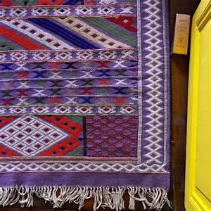 tapis berbere et tapis kilim bien les entretenir marie With tapis kilim avec maison du monde canapé convertible