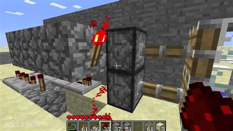 Minecraft Tutorial Piston Door Time Delayed