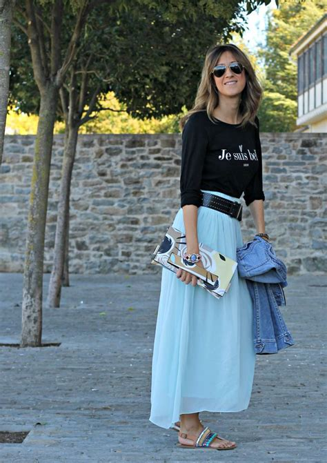 Outfit falda larga azul