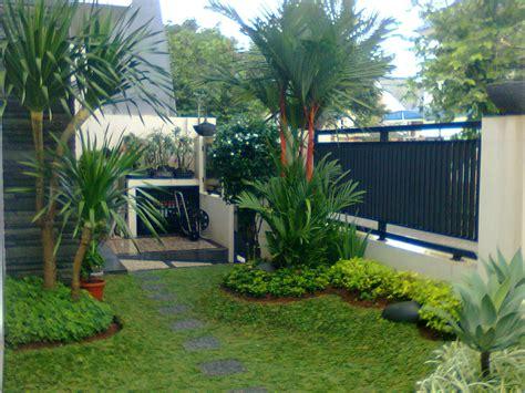 Contoh Air Terjun Taman Rumah
