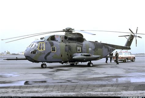Sikorsky Hh-3e Jolly Green Giant (s-61r)