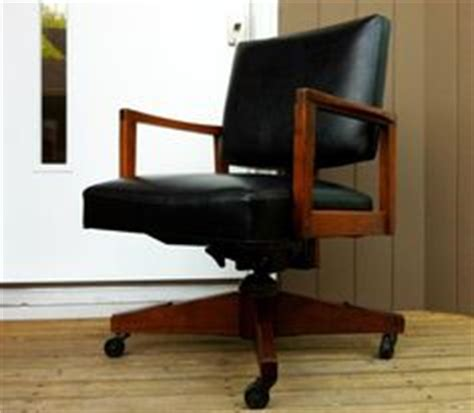 Who Invented Swivel Chair by Vintage Style Neal Kielar On Pinterest 32 Pins