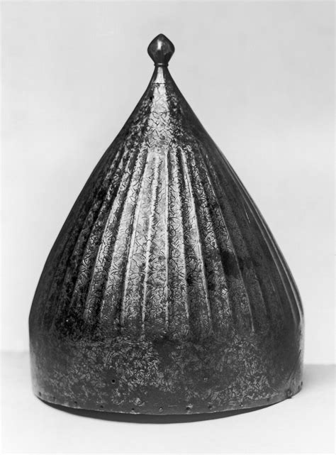 36 gold chain file ottoman or turban helmet walters 5172 jpg