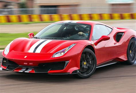 Giá xe ferrari cập nhật mới trên thị trường tháng 04/2021. Siêu xe Ferrari: Giá xe Ferrari tại Việt Nam