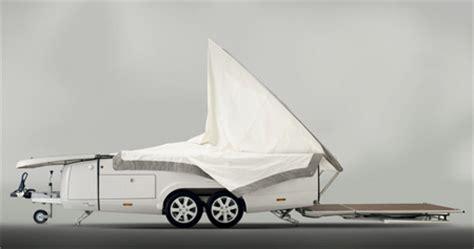 Orange solar tent – экологическая туристическая палатка.