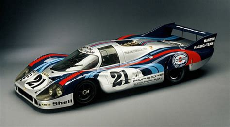 vintage porsche racing porsche steps up support of vintage racing