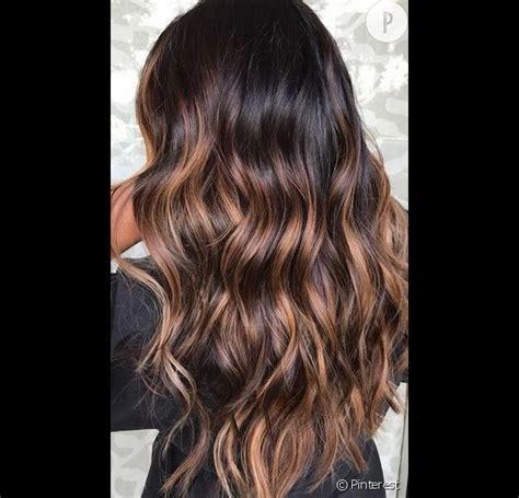 balayage caramel sur base brune cheveux brun balayage bruno pele energie renouvelable